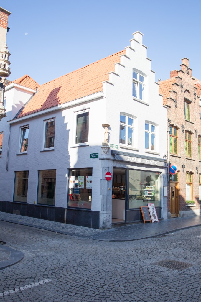 Bouwwerken Dhaens, Winkelpand Brugge, D53J3004